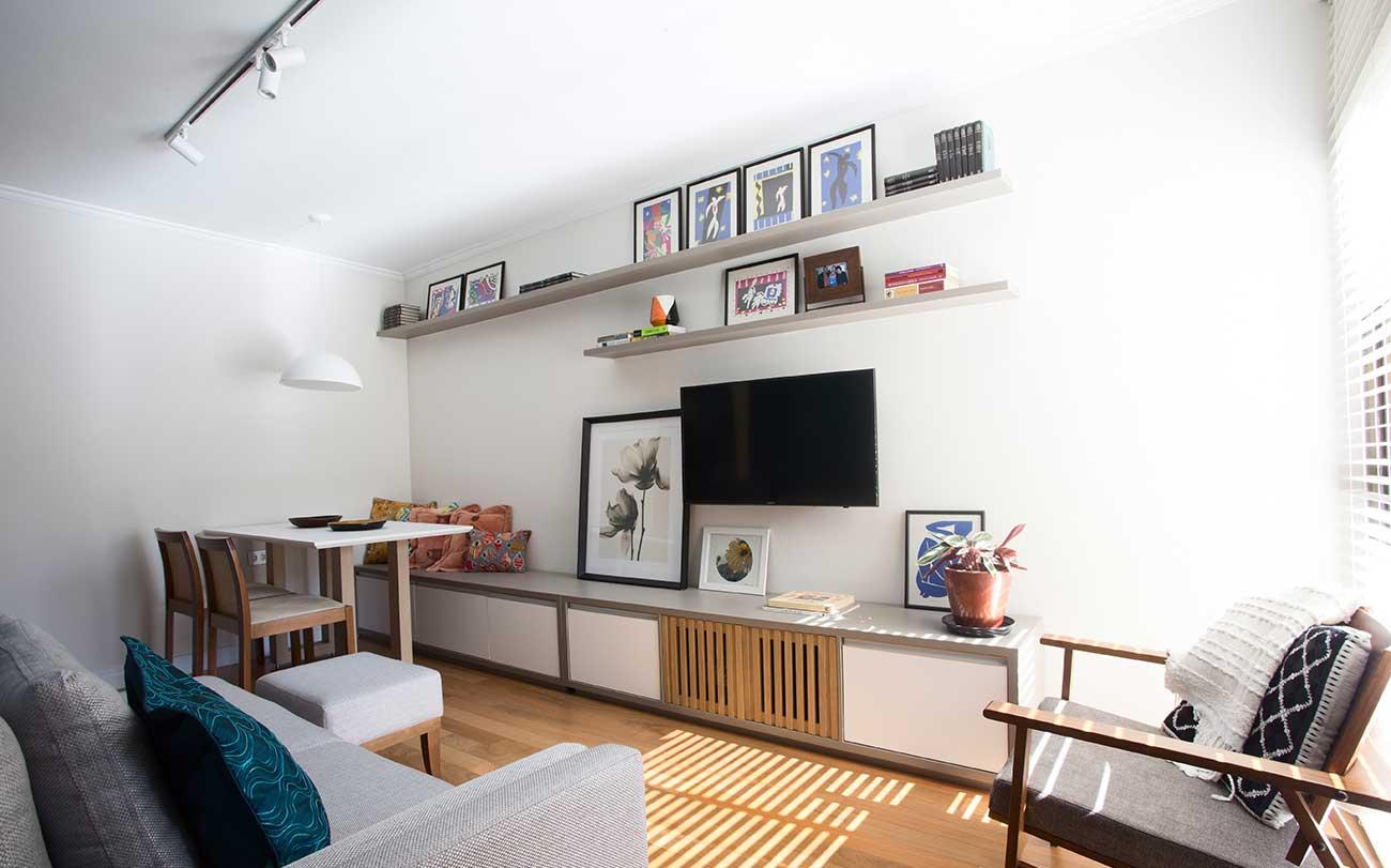01---flavio-machado-arquiteto-apartamento-compacto-rack-(1)