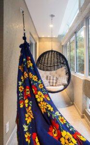 23-flavio-machado-arquitetura-apartamento-moderno-cozinha-integrada-(23)